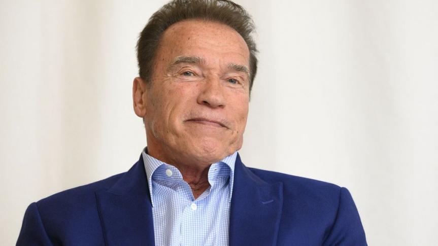 Arnold Schwarzenegger opéré du cœur, il rassure ses fans — Indestructible